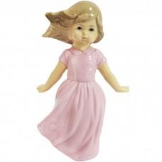 Сувенир Девочка в розовом платье на...